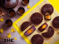 SHE Chocolate Moon Cake